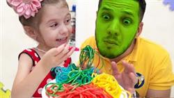 Preparing colored noodles pretend play and papa
